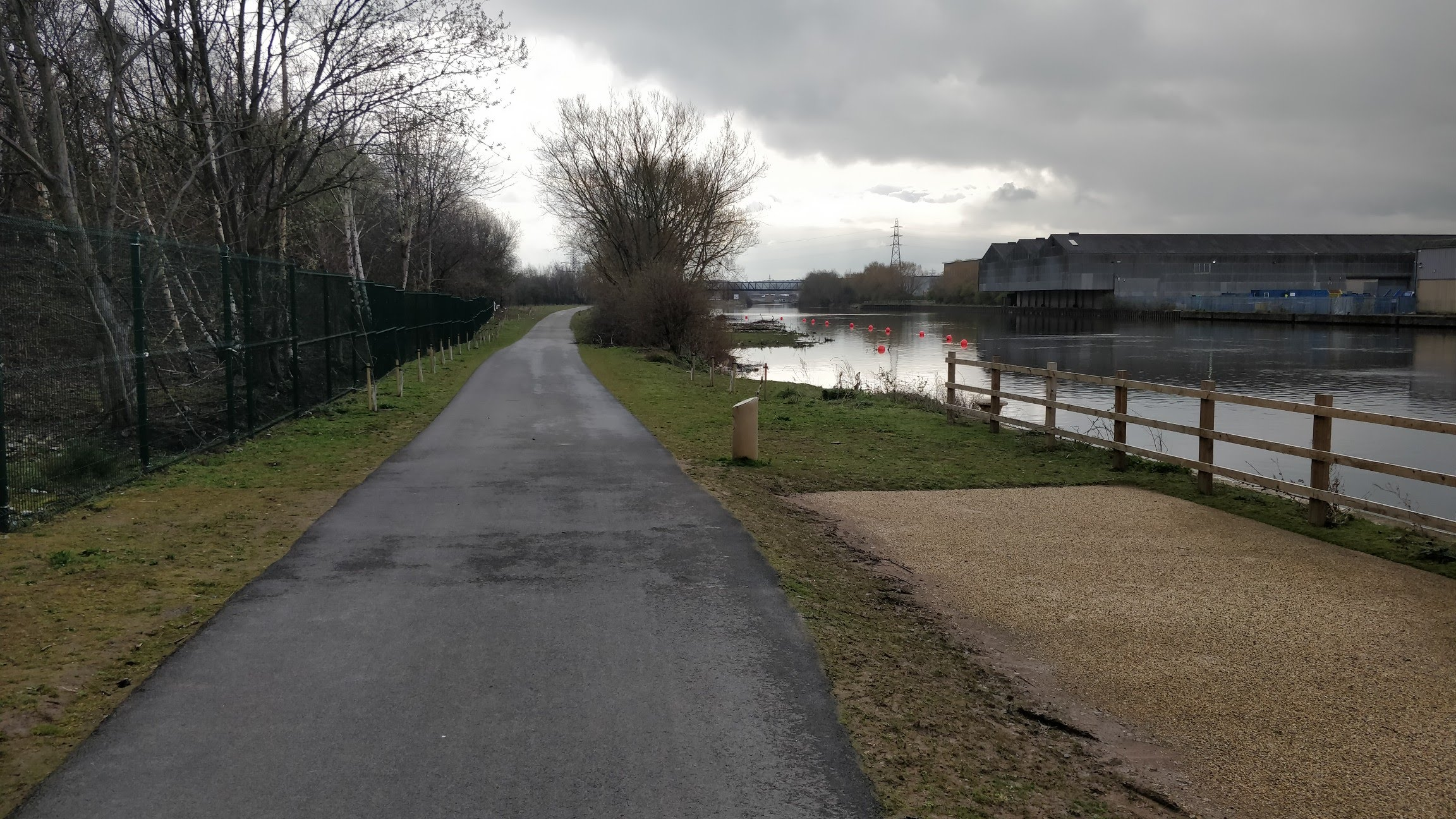 Aire & Calder Navigation, new footpath